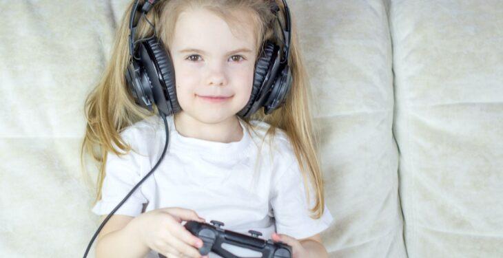Vi har testat fram de bästa barnhörlurarna